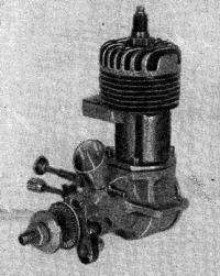 Рис. 1. Общий вид авиамодельного бензинового двигателя