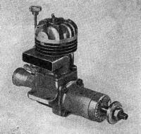 Рис. 68. Калильный двигатель второй категории МКС-10 (опытный вариант)