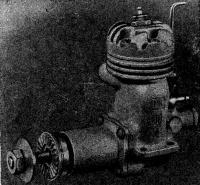 Рис. 69. Калильный двигатель второй категории МКС-10л (с литым блоком, серийный)